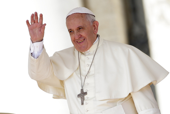 Share International July / August 2015 images, Pope Francis