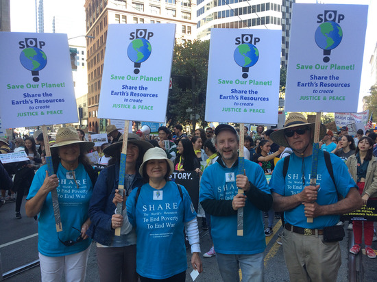 Share International October 2018 images, Climate marchs participants